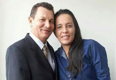 Pastor Adomício e sua esposa Leia